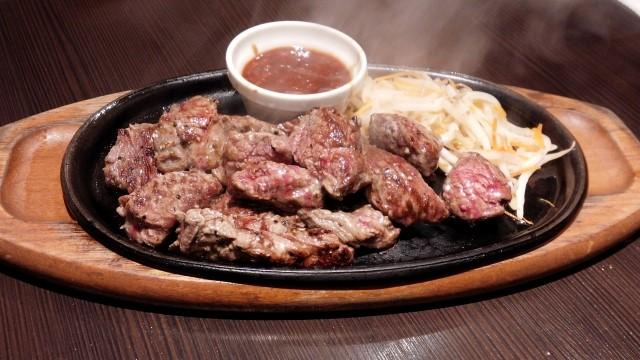 成形肉のサイコロステーキは危険?どうやって作ってるの?徹底解説