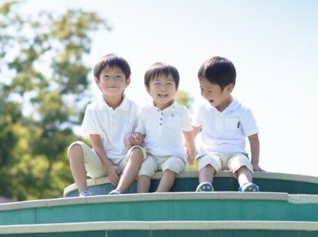 同じ兄弟なのになぜ?兄弟差別の原因と大人になってからの影響