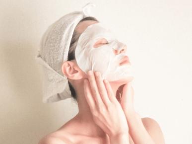 顔パック・フェイスマスクの使用期限は?期限切れの活用法から保管方法