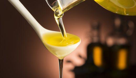 サラダ油とキャノーラ油の違いって?使い分けや注意したいこと