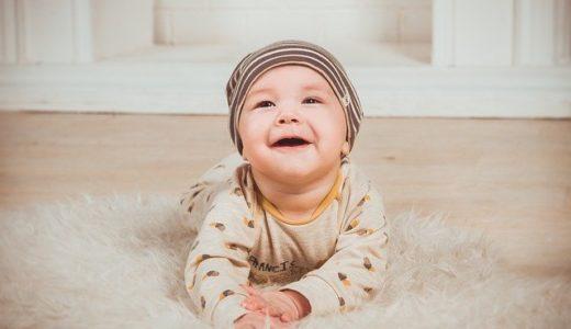 赤ちゃんが口をパクパクする本当の理由、病気の危険性についても解説
