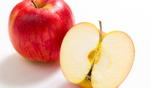 りんごは皮ごと食べて大丈夫?残留農薬の危険性や皮ごと食べるメリット