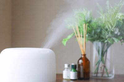 加湿器の水垢やピンク汚れの正体は?汚れを落とす方法や便利グッズ